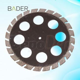 Alicate de ortodoncia para ligadura angulado marca Bader