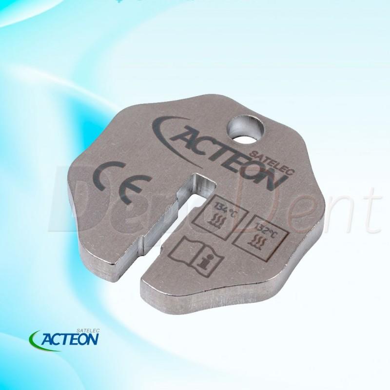 Ultrasonido con luz con depósito para líquidos de tratamiento